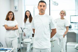 Кто такие врачи «смежники» и зачем они нужны в ортодонтической терапии?